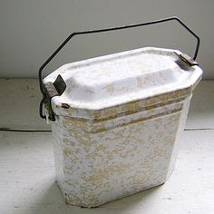 Classic Vintage French Enamelware Lunchbox