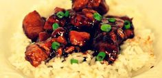 Southern US and Chinese cuisine in one recipe! www.pinchofsalt.net/courses/main-dish/bourbon-chicken/