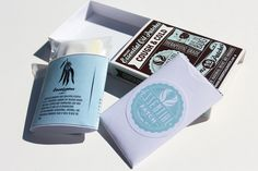 Packaging of the World: Creative Package Design Archive and Gallery: Essential Patch Packaging