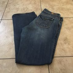 KUt from the cloth bootcut jeans size 14 Good condition Kut from the cloth  Jeans Boot Cut