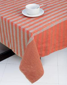 Vraddhi Cotton Woven Table Cover