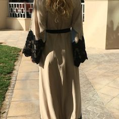 Abaya by OC fashion 2 colors . Price 550 Aed