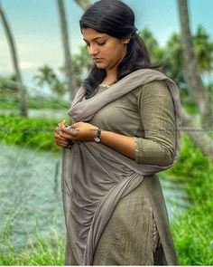 Kerala hot movies actress and unseen cute beautiful girls largest latest hundreds of photos collection of their sexy curvy body show. Indian Actress Hot Pics, South Indian Actress Hot, Most Beautiful Indian Actress, Indian Actresses, Beauty Full Girl, Beauty Women, Beauty Art, Indian Girls Images, Stylish Girl Images
