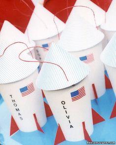Rocket ship favors