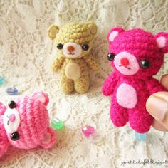 Amigurumi Teddy bear pattern - A little love everyday! Crochet Amigurumi Free Patterns, Crochet Bear, Crochet Dolls, Free Crochet, Crochet Flower, Crochet Disney, Crochet Ornaments, Elephant Pattern, Little Valentine