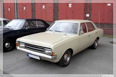 All sizes   1966 - 1972 Opel Rekord C Limousine (01)   Flickr - Photo Sharing!
