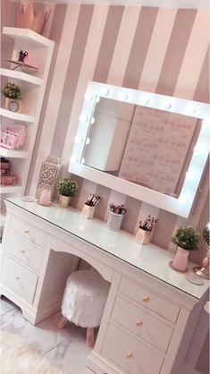Thank you for featuring our Audrey Hollywood Mirror. Ho… Thank you for featuring our Audrey Hollywood Mirror. Makeup Vanity Case, Makeup Table Vanity, Makeup Vanities, Mirror Vanity, Vanity Tables, Teen Vanity, Mirrors, Makeup Tables, Closet Vanity