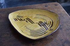 Vintage Slipware Comb Decorated Dish Signed