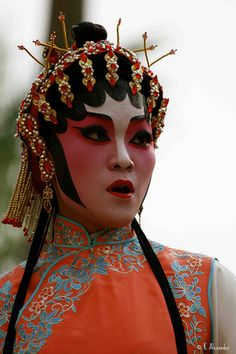 Chinese Street Opera. HONG KONG - NOVEMBER 26: a form of traditional Chinese theatre which combines music, vocal performance, mime, dance and acrobatics. © 2009 K Alexander