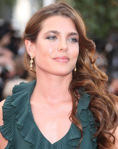 Charlotte Casiraghi's Curly Long Side-Swept Hairstyle