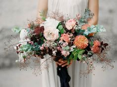 reds and oranges. Bridal Flowers, Bridal Bouquets, Wedding Themes, Floral Wreath, Bloom, Wreaths, Beautiful, Fox, Weddings