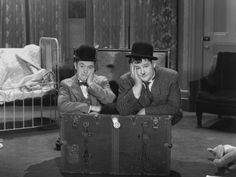 """Laurel & Hardy """"Pack up for troubles"""" ----  Poster bei AllPosters.de"""