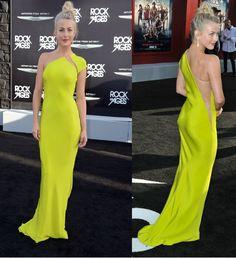 Wow this dress kicks ass!!!