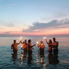 23 Sweet Summer Travel Photo Ideas with Best Friends 23 Sweet Summer Tra. - 23 Sweet Summer Travel Photo Ideas with Best Friends 23 Sweet Summer Travel Photo Ideas with Best Friends Summer Vibes, Summer Feeling, Summer Things, Cute Friend Pictures, Best Friend Pictures, Shooting Photo Amis, Couple Travel, Summer Goals, Cute Friends