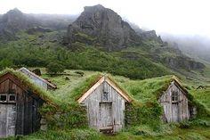 ANTICA FATTORIA ISLANDESE (Laxness - gente indipendente)