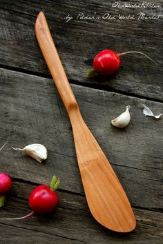 left or right handed classic spurtle – Old World Kitchen