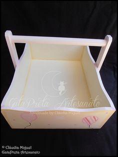 """Fraldário, caixa de medicamentos, cesta, caixa para toalhitas e moldura """"Pink Balloons"""""""