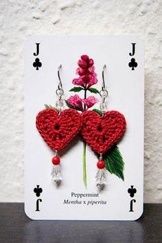 valentine day hearts - crafts ideas - crafts for kids I like that they used a playing card for the earring holder instead of the usual earring display would make as larger, individual heart ornaments valentine day hearts - pinned by Hook & Needle Around S Crochet Earrings Pattern, Crochet Patterns, Heart Crafts, Valentines Day Hearts, Bijoux Diy, Thread Crochet, Crochet Gifts, Crochet Accessories, Crochet Flowers