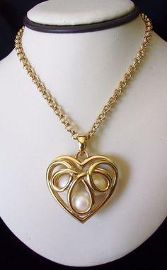 ERWIN PEARL Jewelry Art Deco Heart Pendant Necklace Pearl Gold Plate Glass #ErwinPearl #Pendant