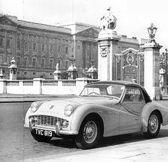 Triumph TR3A (1957) Harry Webster (1917-2007) Triumph de 1957 à 1961- Classiques Phaidon du Design.