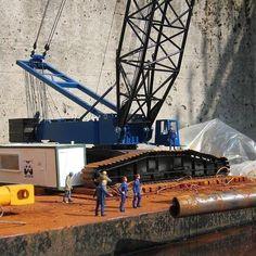 Crane Construction, Train Layouts, Sydney Harbour Bridge, Scale Models, Miniatures, Travel, Dioramas, Civil Engineering, Model Building