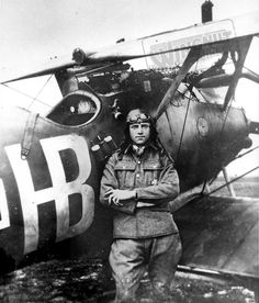Hans Böhning (1893-07-06 - 1934-10-20)  was a German World War flying ace with 17 aerial victories.