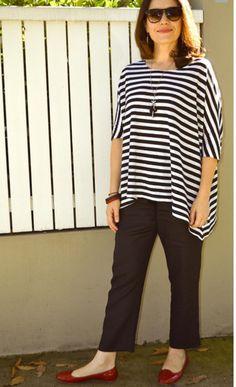 FREE Dolman top Pattern. Love this from Tessuti Fabrics