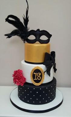 Masquerade Ball - Cake by The Buttercream Pantry Masquerade Party Cake, Masquerade Party Decorations, Sweet 16 Masquerade, Theme Carnaval, Foto Pastel, Sweet 16 Cakes, 18th Birthday Party, Cakes For Women, Dessert Decoration