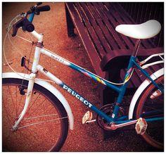 my 80s vintage peugeot town bike, love this girl!