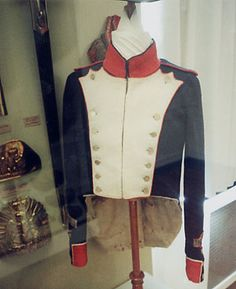 Tunic detail, Shako and Habit Veste, Model 1812, Sergeant of Fusiliers, 51st Line Infantry Regiment