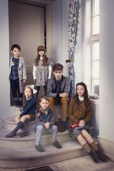 MarMar Copenhagen blows us away with their exquisite collection for A Touch of Grandeur! Toddler Outfits, Kids Outfits, Large Family Photography, Teenager Photography, Girls Designer Clothes, Family Photo Outfits, Chunky Knit Cardigan, Winter Kids, Teenager Outfits