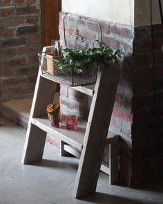【WOODPRO本店】OLD ASHIBA(足場板古材)ラダーシェルフ(はしご型飾り棚)