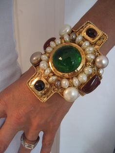 Billionairess..Rare & Important Chanel Massive Gripoix & Faux Pearl Cuff Bracelet -B088