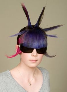 Fail Hair is a site that celebrates bad hair. Everyone can have a bad hair day and Fail Hair helps us to remember them. Weird Haircuts, Hairstyles Haircuts, Trendy Hairstyles, Braided Hairstyles, Weird Hairstyles, Halloween Hairstyles, Crazy Hair Days, Bad Hair Day, Hair Styles 2014