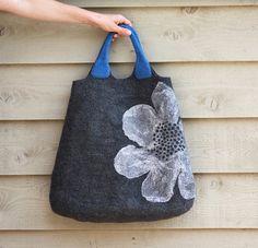hobo purses and bags Handmade Handbags, Handmade Bags, Hobo Purses, Purses And Bags, Felt Purse, Felt Bags, Leather Hobo Handbags, Fabric Bags, Handmade Felt