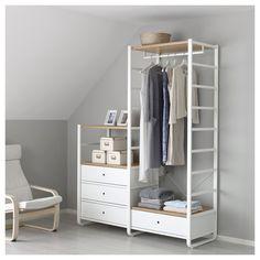 IKEA - ELVARLI, 2 elementen, Je kan deze open opbergoplossing altijd naar behoefte aanpassen of aanvullen. Misschien is de voorgestelde combinatie geschikt, anders kan je altijd een eigen maatwerkcombinatie samenstellen.De lage zijsteunen zijn uitermate geschikt wanneer je loze ruimte onder een schuin plafond wilt benutten.Combineer bij voorkeur open en dichte opbergers - planken voor je lievelingspullen en lades voor dingen die je niet in het zicht wilt hebben.Bamboe is een slijtvast…
