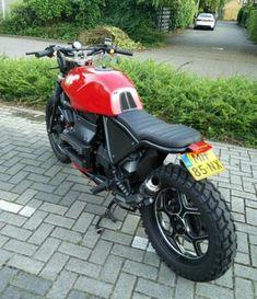 Niks origineel: BMW K75S bratstyle