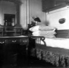 2nd Class Stateroom.  Photo taken by passenger Frank Brown who stayed in this room.