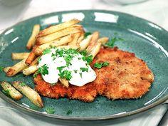 Salmon Burgers, Pork, Meat, Chicken, Dinner, Ethnic Recipes, Frases, Kale Stir Fry, Dining