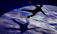 Con motivo del Campeonato Europeo de Patinaje Artístico sobre Hielo se ofrecen a continuación una serie de claves para informar adecuadamente sobre él en las noticias relacionadas. 1. República Checa y Chequia El Campeonato Europeo de Patinaje Artístico sobre Hielo se celebra en la ciudad de Ostrava, en la República Checa, también denominada Chequia. #Fundéu #español #patinaje #BufeteDeTraductores