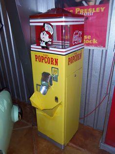 Vintage Popcorn Vending Machine | Flickr - Photo Sharing!