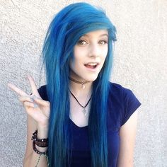 I dyed my hair blue *giggles* hope mom don't get mad... anyone want to hang out? -jenna