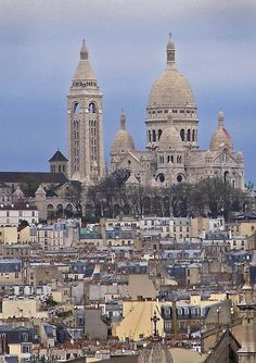 ღღ Rita Crane Photography: View of Montmartre & Sacre Coeur, Paris Most Beautiful Cities, Beautiful Buildings, Paris In September, Last Tango In Paris, London History, Sacred Architecture, Place Of Worship, London Travel, Paris France