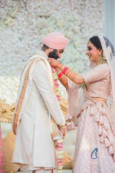 Manpreet & Harpreet shared some moments from their with us which we are sharing with you all. Sikh Wedding, Wedding Wear, Wedding Dresses, Bridal Make Up, Wedding Make Up, Happy Married Life, Indian Wedding Photos, Wedding Looks, Wedding Portraits