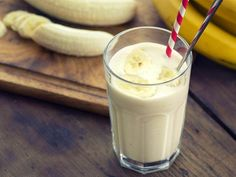Healthy smoothie ingredients for weight loss: banana smoothie Smoothies Thermomix, Detox Thermomix, Protein Shake Recipes, Protein Shakes, Smoothie Recipes, Diet Shakes, Healthy Smoothie Ingredients, Healthy Smoothies, Fruit Smoothies