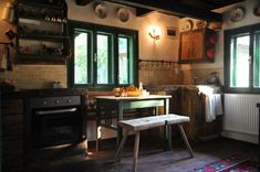 rustic kitchen in old wooden house Rustic Kitchen, Vintage Kitchen, Village Hotel, Wooden House, Traditional House, Home Decor Inspiration, Rustic Decor, Romania, Restaurant
