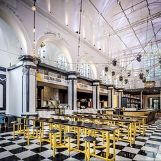 Holy Food Market: de nieuwe place to be voor foodies - vtwonen. Belgium Food, Church Conversions, Food Park, Ghent Belgium, Light Architecture, Trip Planning, Holi, Beautiful Places, Marketing