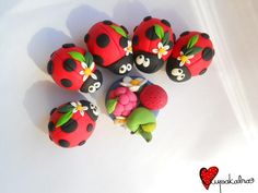 It's probably for the best that I don't have any Fimo at home... Or I'd spend my days making adorable little lady bugs. Seriously - like, the entire day.