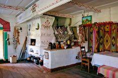 Українська хата: історія, традиції пов'язані з її забудовою, значення хатніх побутових предметів