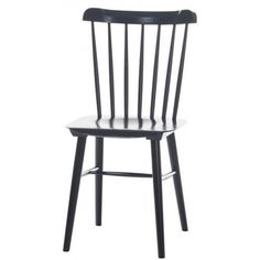 Traditional chairs, bar-stools and upholstered chairs made from bent wood as well as design novelties. Modern Cafe, Modern Shop, Side Chairs, Dining Chairs, Bistro Chairs, Cool Furniture, Furniture Design, Cafe Seating, Most Comfortable Office Chair